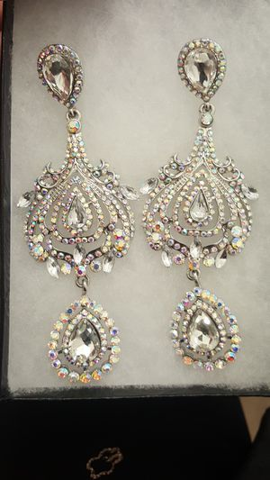 super large Chandelier earrings for Sale in Los Angeles, CA