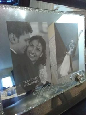 Beautiful mirror wedding day frame for Sale in Nashville, TN