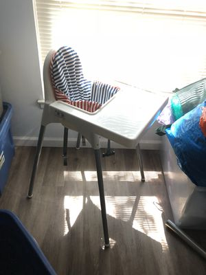 High chair for Sale in Gaithersburg, MD