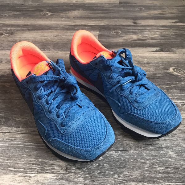 c21a0ed63d54c Nike Air Pegasus 83 women s running sneakers for Sale in Puyallup ...