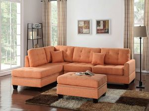 Sectional w/ Ottoman for Sale in Miami, FL