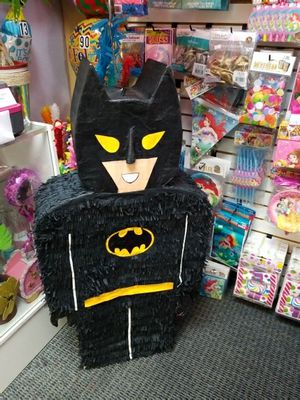 🎈🎈Batman🎈🎈Piñata 🎈🎈 for Sale in Houston, TX