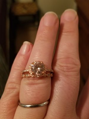 Size 8 wedding ring set for Sale in Concord, VA