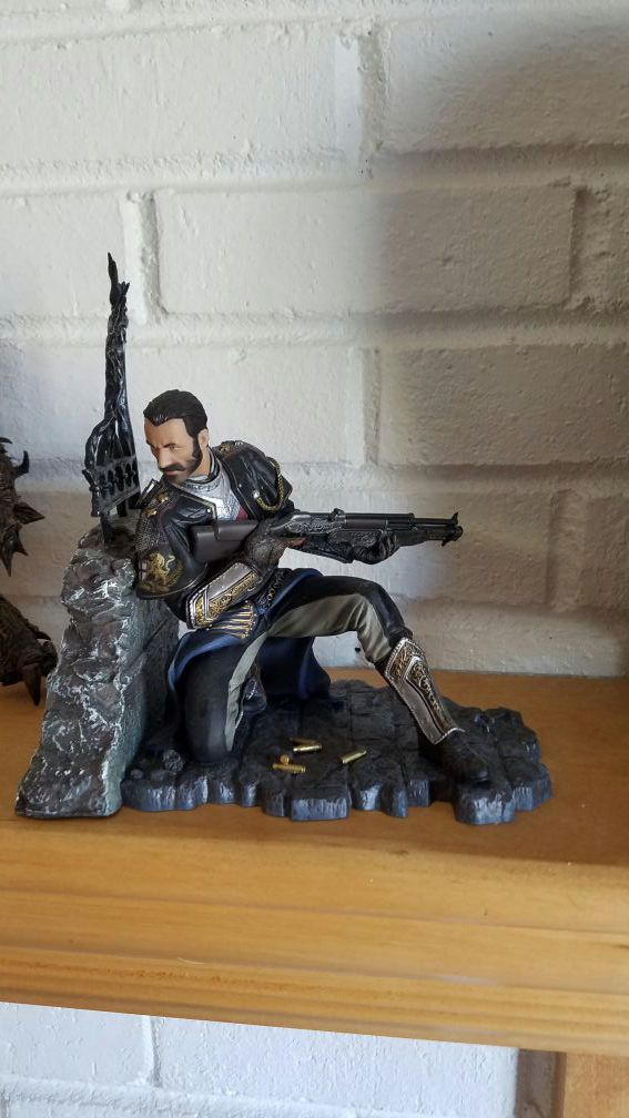 The order 1886 statue