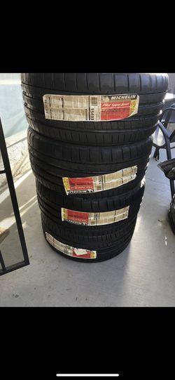 Michelin PILOT SUPER SPORT Thumbnail