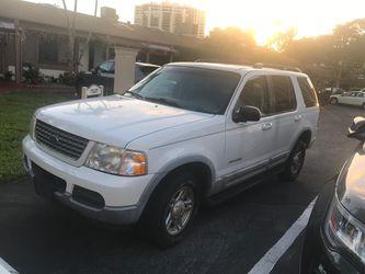 2002 Ford Explorer Thumbnail