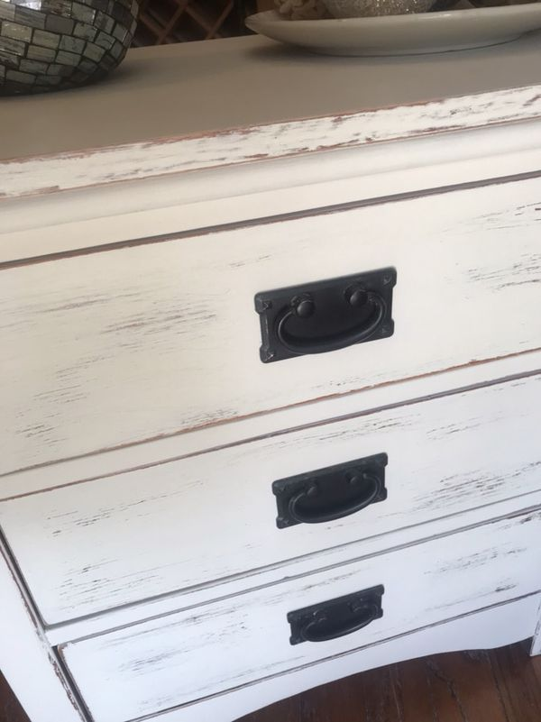 1 White Distressed 3 Drawer Pull Out Tray Side Table For In Stockton Ca Offerup