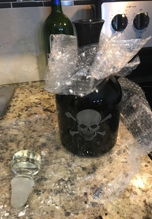 "12"" Tabletop Skull Decanter Contemporary all Glass for Sale in Cleveland, OH"