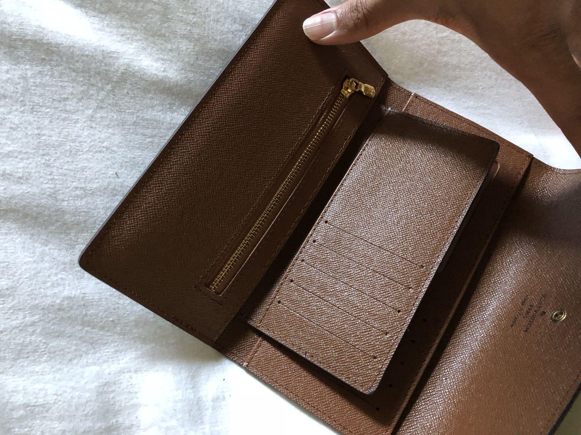 >> New Brown Women's Wallet <<