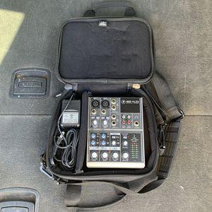 Mackie 402-VLZ3 Mic Audio Mixer Music DJ Sound Equipment W/ Case for Sale in Mesa, AZ