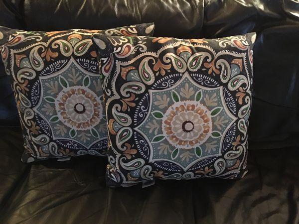 Hampton Bay Sky Medallion Square Outdoor Pillows Set Of 2
