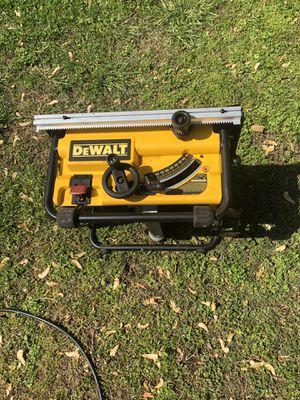 Photo Dewalt DW745 10 Inch Bench Saws with 20 Inch Tear Capacity, 120V