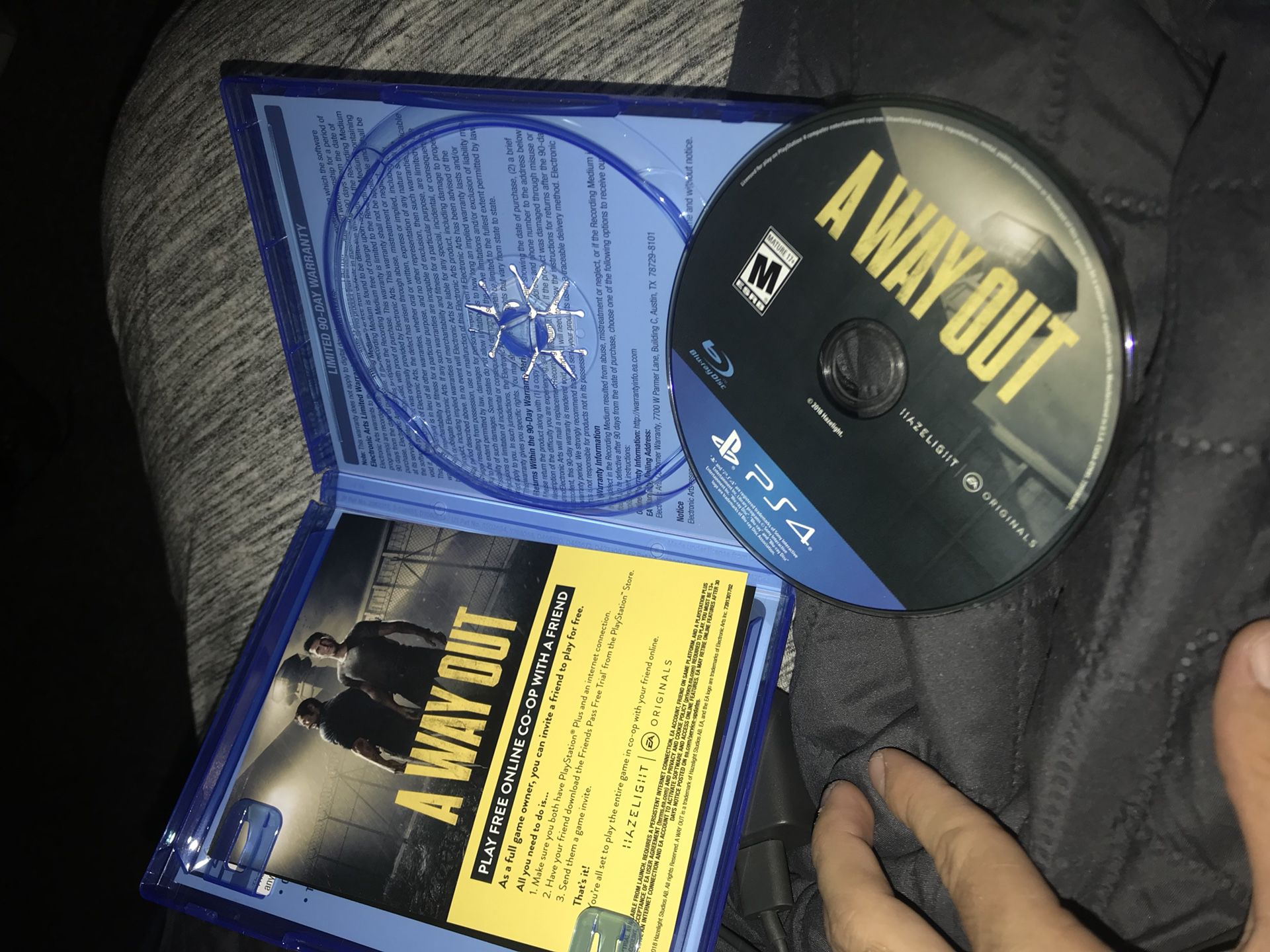 BIG MOVE SALE A WAY OUT PS4