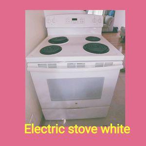 White electric stove for Sale in Stafford, VA
