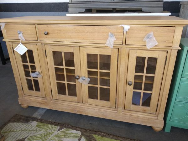 huge selection of d352d 5bca0 Saguenay sideboard for Sale in Fontana, CA - OfferUp