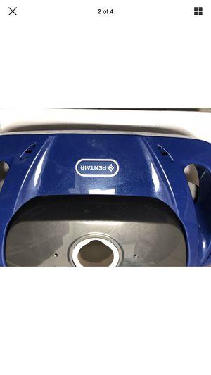 BRAND NEW PENTAIR DORADO pool vacuum cleaner great white KREEPY KRAULY for Sale in Pembroke Pines, FL