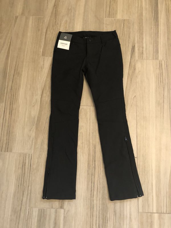 3a69a607eb Women s slim fit snowboarding pants for Sale in Las Vegas