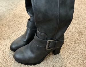 Beautiful Boots Velocity with Memory Foam - Gray Color for Sale in Fairfax, VA