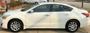 Photo White 2014 Nissan Altima FWDWheels Good