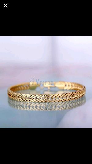 18k Gold Plated 18k Stamped Bracelet for Sale in Silver Spring, MD