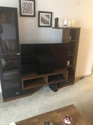 Tv stand without the tv for Sale in Germantown, MD