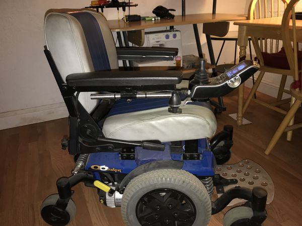 Quantum Q6 Edge electric wheelchair for Sale in Antioch, CA - OfferUp