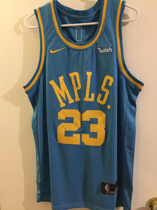 online store 96e55 849f3 Lebron James MPLS Jersey for Sale in Bakersfield, CA - OfferUp