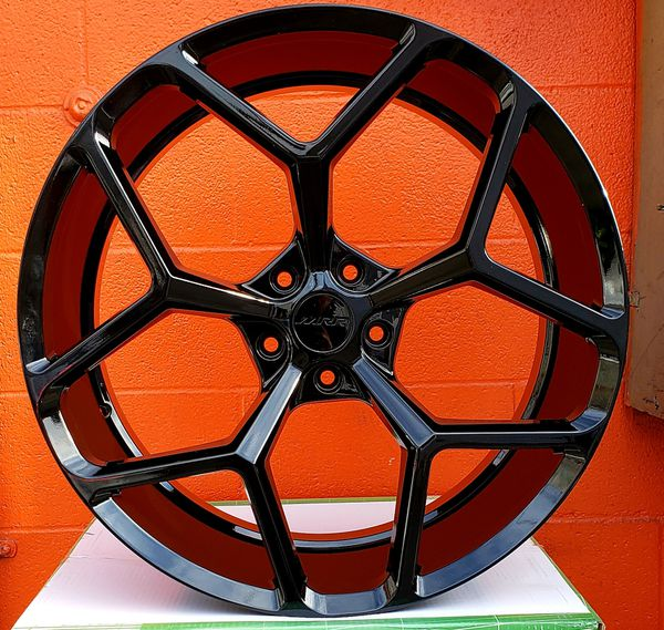 """CREDITO FACIL.. 22"""" INCH STAGGERED Z28 WHEELS AND TIRES"""