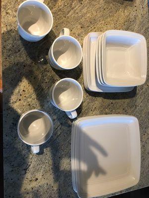 16 piece white dish set for Sale in Arlington, VA