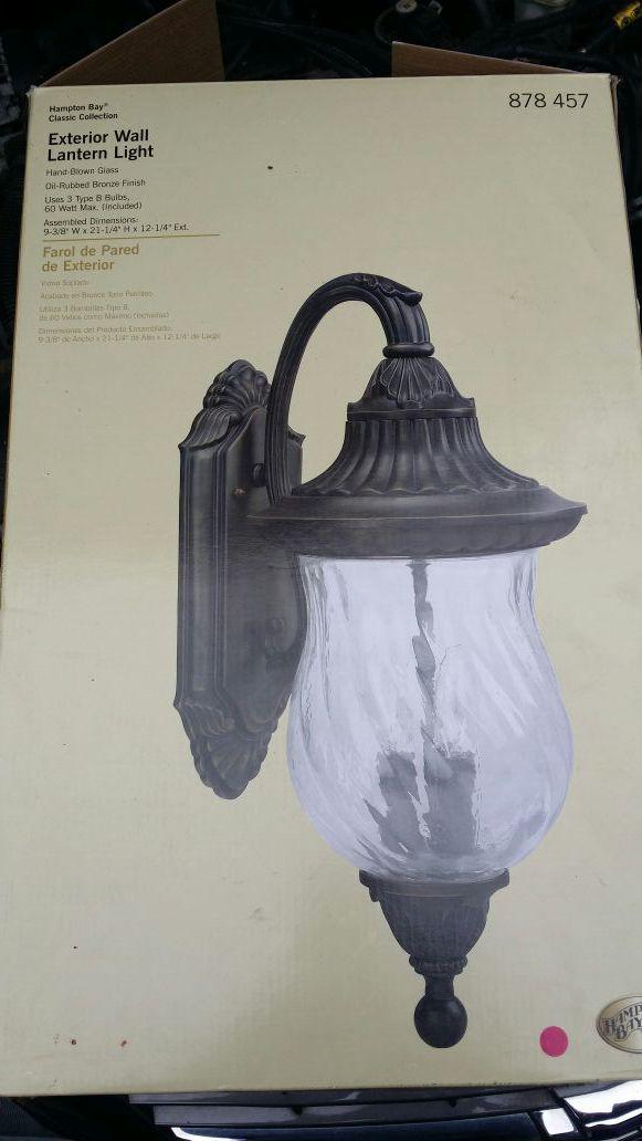 Hampton Bay Exterior Wall Lantern Light