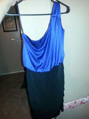 Blue and black one shoulder dress for Sale in Phoenix, AZ