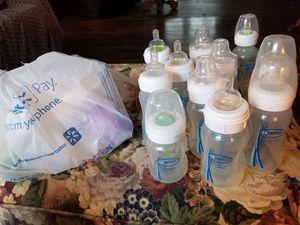 Dr. Brown bottles & maternity bra for Sale in Lebanon, TN