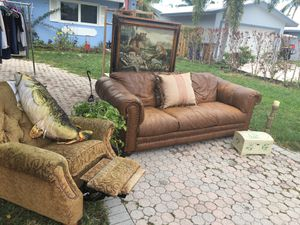Entire Living Room Set Up 250$ obo for Sale in Deerfield Beach, FL