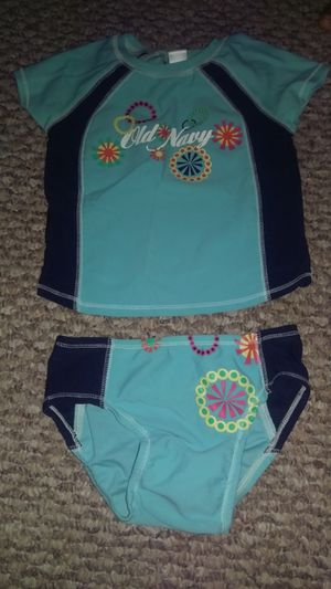Old navy swim suit for Sale in OH, US