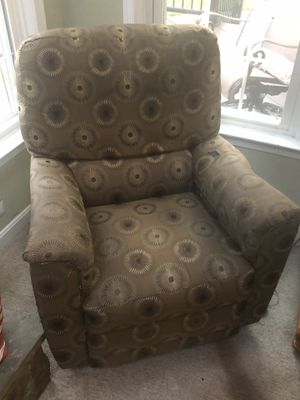 Recliner Chair for Sale in Clifton, VA