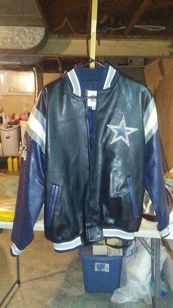 best service 8a440 f28d7 Dallas cowboys coat for Sale in Plattsmouth, NE - OfferUp