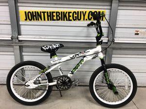 Photo Boys 18 inch razor freestyle BMX bike
