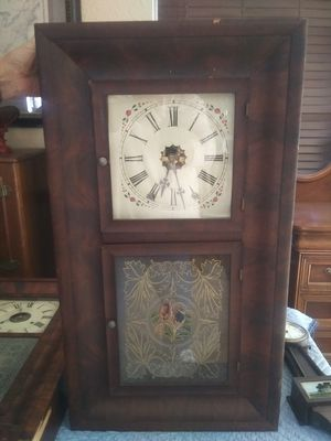 Antique clock for Sale in North Fort Myers, FL