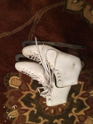 Ladies Riedell ice skates size 7 for Sale in Germantown, MD