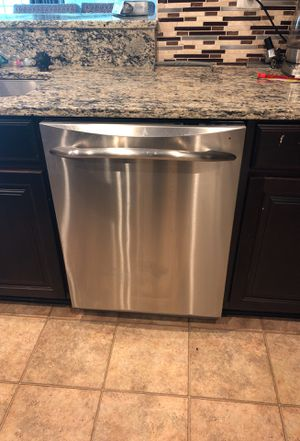 GE Profile stainless steel dishwasher for Sale in Clinton, MD