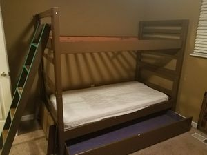 Trundle Bunk Bed for Sale in Auburn, WA