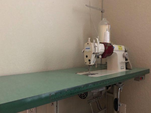 HIGH SPEED INDUSTRIAL JUKI LOCK STITCH SEWING MACHINEFIRST 40 Custom Juki Sewing Machine For Sale
