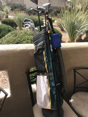 Golf Clubs w/full size Ballistic Nylon Bag and Accessories for Sale in Las Vegas, NV