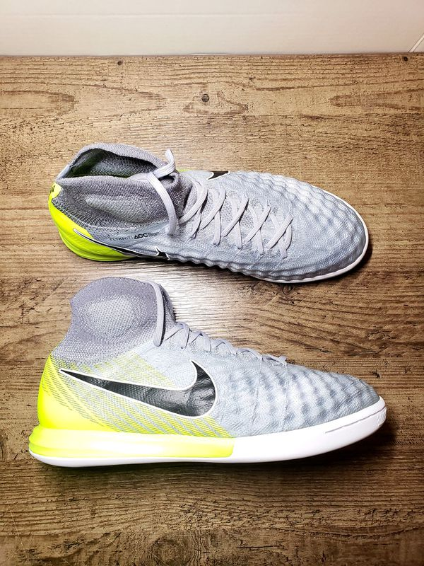f2f9638f135 Nike Magista Proximo IC indoor Soccer Boots Futbol Sala for Sale in Orlando