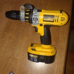 DeWalt 18 Volt DC D925 Xrp Hammer Drill With Good Battery Thumbnail