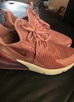 Women's Nike Air Max Thumbnail