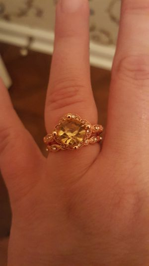 Size 7 wedding ring set for Sale in Concord, VA