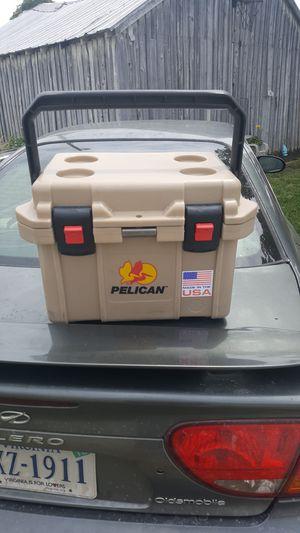 Pelican 20 quart cooler for Sale in Lynchburg, VA