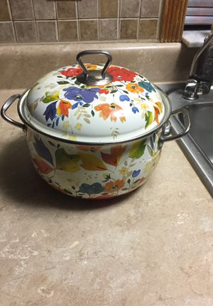 Pioneer women Dutch oven pot and lid for Sale in Saint Cloud, FL