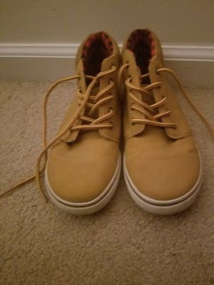 USED Shoes SIZE 4 for Sale in Manassas, VA